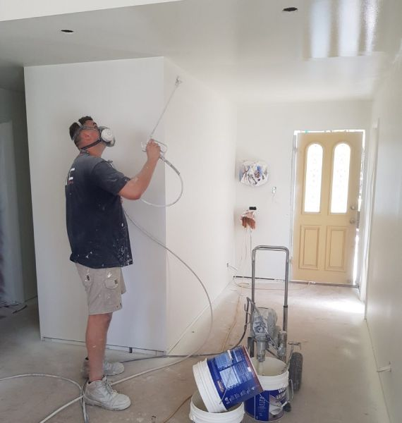How-long-does-it-take-to-paint-a-room-with-a-sprayer2