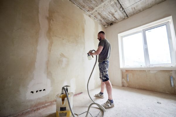 With-paint-sprayer-you-can-easily-paint-your-room