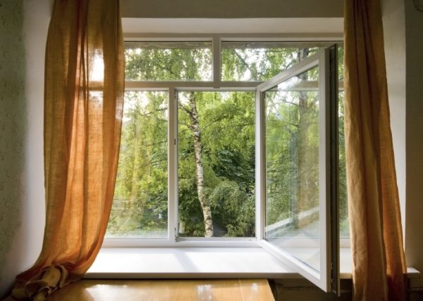 You-should-open-all-the-doors-and-windows-for-ventilation